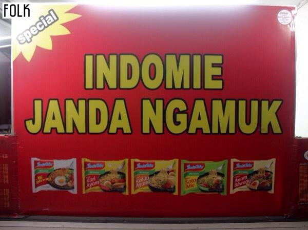 Indomie Janda Ngamuk Jalan Dewi Sri